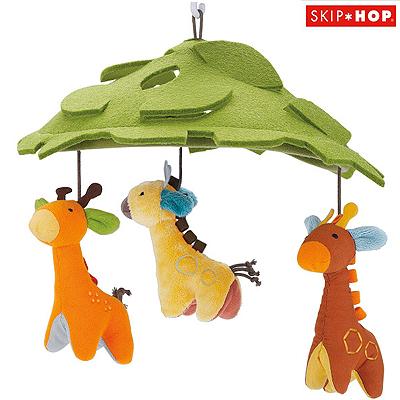 SKIP HOP Kolotoč nad postýlku Safari Žirafy SKIP HOP