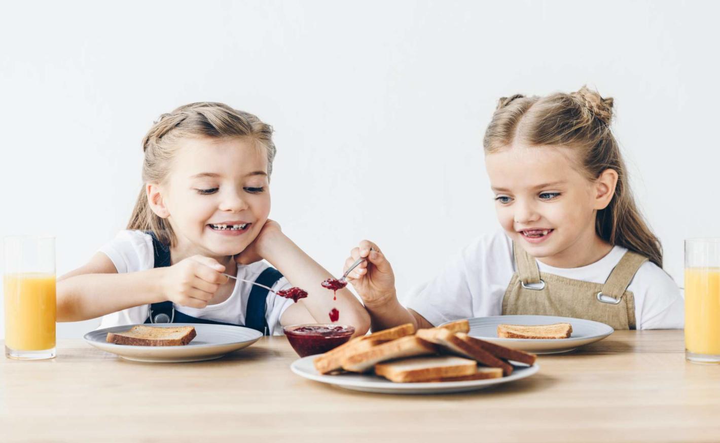 Zdravá a chutná snídaně pro děti – ovocné pyré 4x jinak