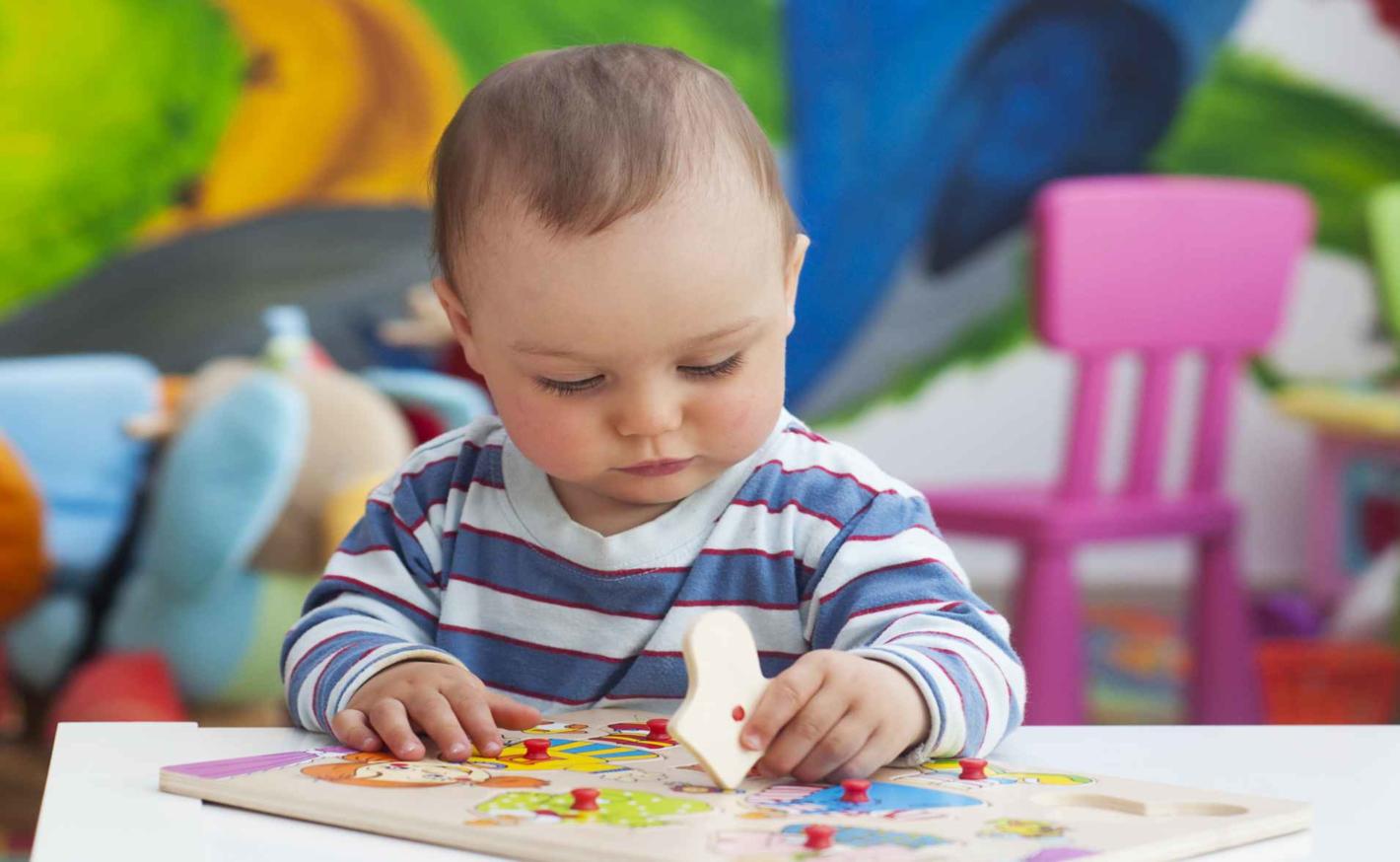 Jak vychovat samostatné dítě? Hrajte si s ním